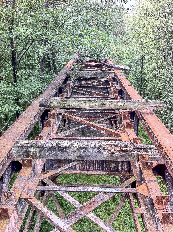 Czerwony most