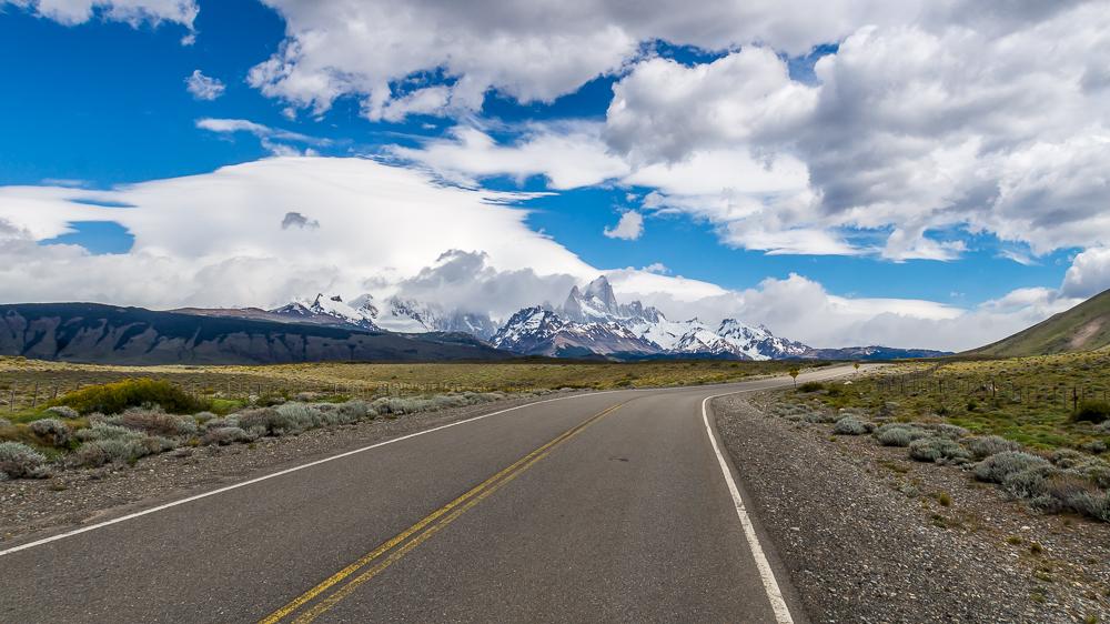 Droga do El Chalten PatagoniaDroga do El Chalten Patagonia